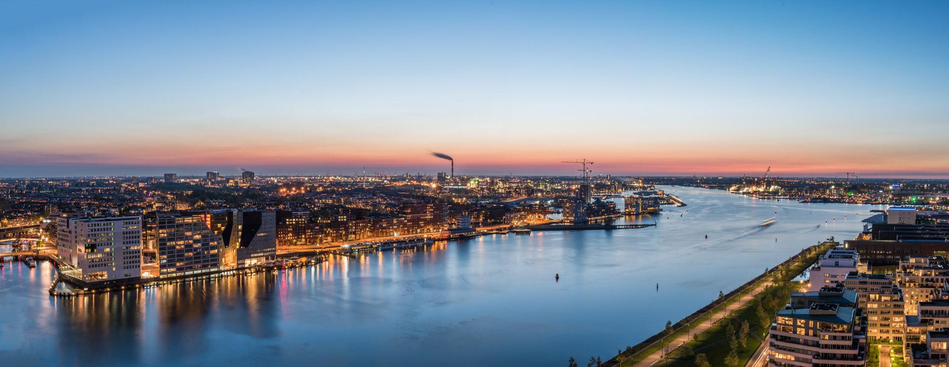 Nachtelijk Amsterdam, avondfotografie Amsterdam, avondfoto's Amsterdam, nachtfotografie Amsterdam, A'DAM Toren, uitzicht, panorama