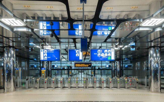 Avondklok Amsterdam corona centraal station CS